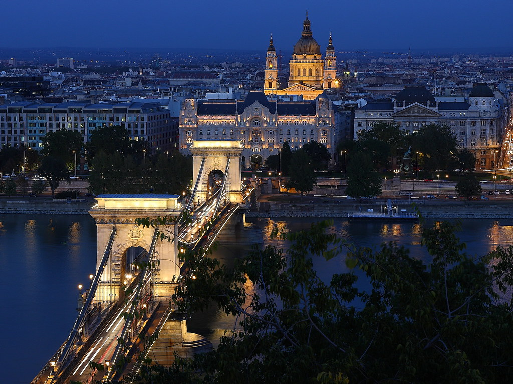 Hotels Near Chain Bridge Budapest