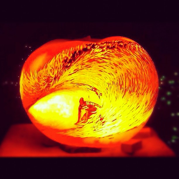 Coolest pumpkin carving ever halloween pumpkin surf s for The coolest pumpkin carvings