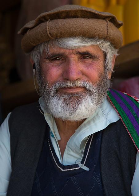 Portrait of an afghan man with a white beard, Badakhshan province, Ishkashim, Afghanistan