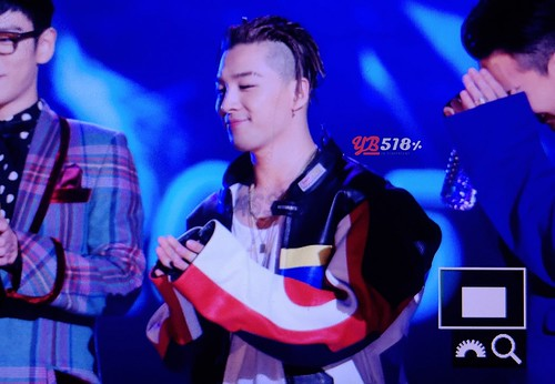 Big Bang - The 5th Gaon Char K-Pop Awards - 17feb2016 - YB 518 - 12