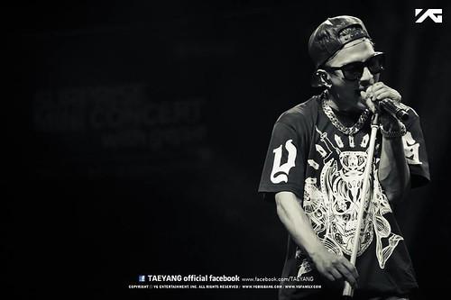 Taeyang_Facebook_BUSAN_concert_20140627 (5)