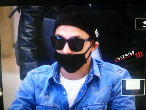Big Bang - Incheon Airport - 10apr2015 - Tae Yang - charmingyb - 01