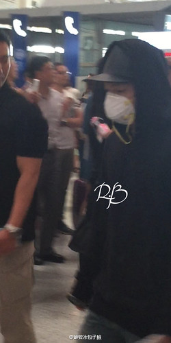 Big Bang - Beijing Airport - 07jun2015 - 薛若冰包子臉 - 09