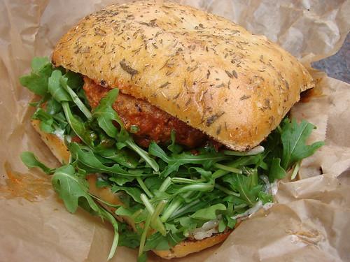 Gochujang burger deluxe