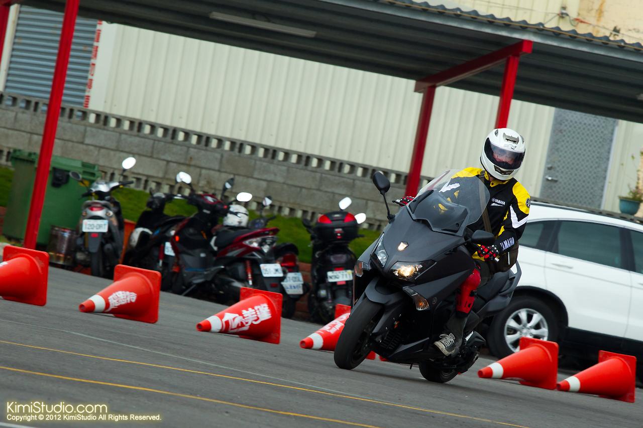 2012.09.01 T-MAX 530-027