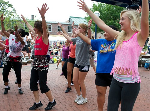 RCS_7289 - In The Street - Zumba Dancers by CraigShipp.com Photos - Events / People / Places