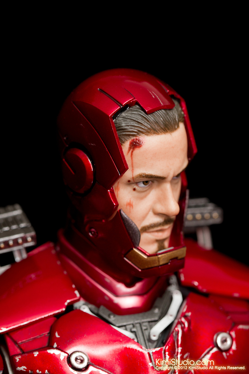 2012.09.13 MMS110 Hot Toys Iron Man Mark III 戰損-020