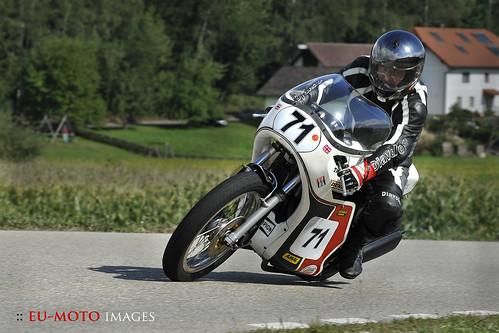 Slippery Sam Triumph classic racer motorcycle Schwanenstadt GP Austria Copyright 2012 B. Egger :: eu-moto images 0182