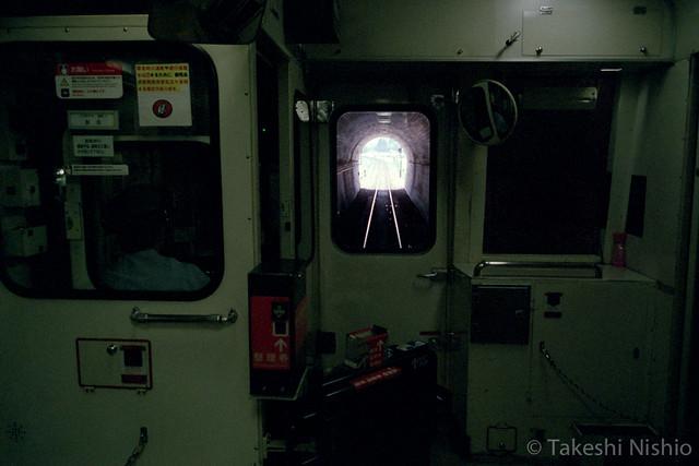 九頭竜湖駅への長いトンネル / Long Tunnel to Kuzuryuko Sta.