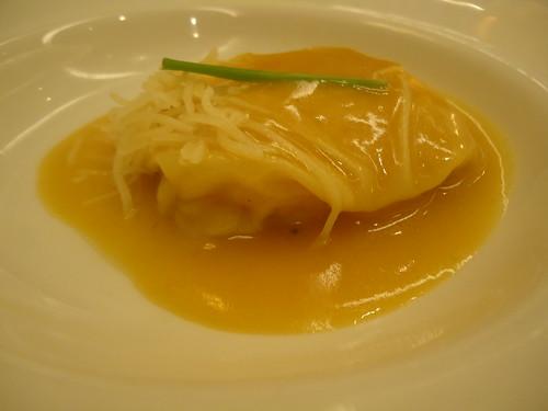 Zaragoza | El Chalet | Ravioli de centollo y marisco, pasta fresca y crema de cigalas
