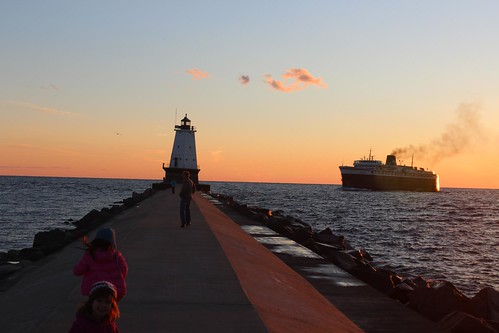 Day 66: A Beautiful day to hang out with new friends in Ludington.