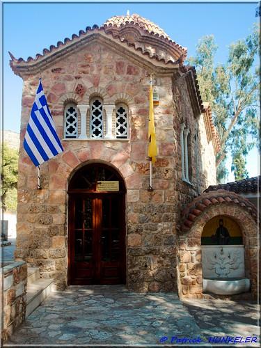 #1812 Νέα Μάκρη - Oratoire protègeant l'olivier. Schutzhaus des Olivenbaumes