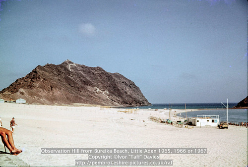 landscape coast scenery 1966 1967 yemen 1960s 1965 aden scannedslide onflickr observationhill ghadir gulfofaden arabianpeninsula littleaden adenharbour voigtländervitoc alburayqah bandarshaykh
