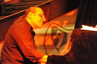 Remi Abram Quartet @Rouge Belle de Mai By McYavell - 121009 (5)