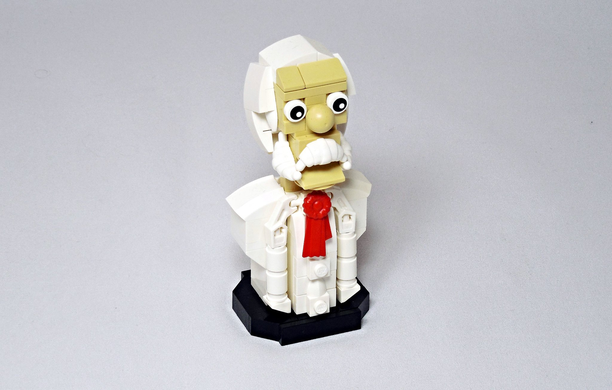 LEGO® MOC by Vitreolum: Sir Cross St. Vanille