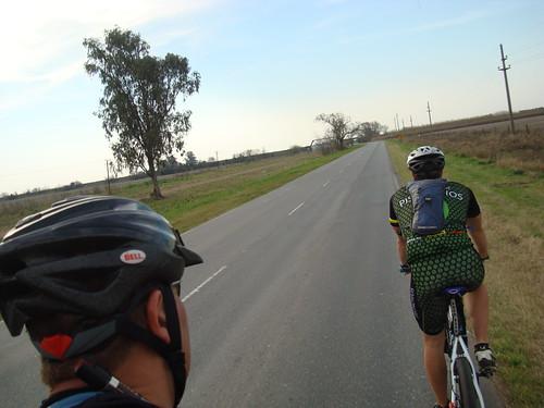 Ciclismo - 278km - Salida a Bigand, Bombal y Melincue