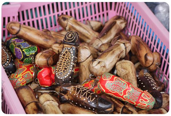 Sanur market - balinese keyrings