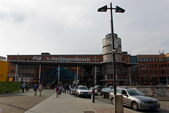 's-Hertogenbosch - Gare