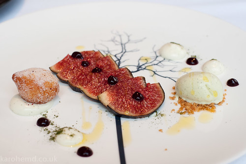 The Ledbury - Figs, pistachio, lemon beignet