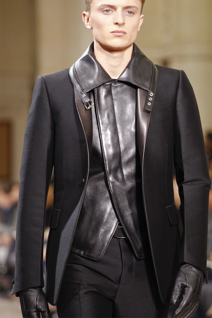 Max Rendell3011_FW12 Paris Yves Saint Laurent(VOGUE)