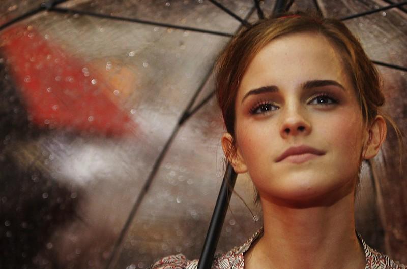 Emma Watson umbrella