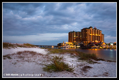 morning beach clouds sunrise lights harbor grande village florida dunes grand fl destin emerald harborwalk harborwalkvillage emeraldgrand emberaldgrande
