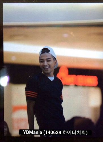 Taeyang_HIGHTOUCH_Seoul-20140629 (1)