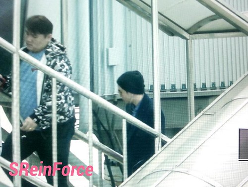 Big Bang - Fuzhou Airport - 29mar2015 - Seung Ri - SReinForce - 03