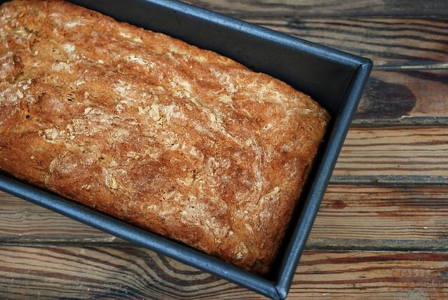 No Knead Oatmeal bread