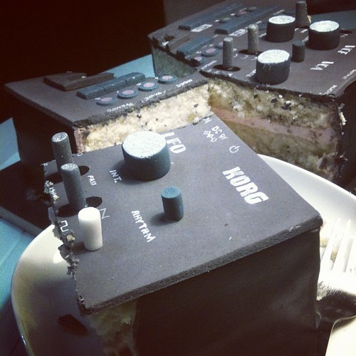Dear Korg I'm gonna eat your LFO