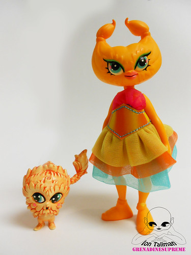 Designercon 2012 Exclusive Tula-Dil by GrenadineSupreme