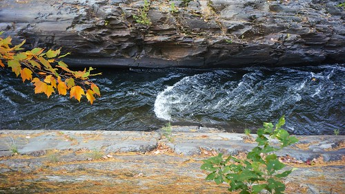 railroad water waterfall fallcolor gorge sonynex5n industar6928mmf28russianlens vacation2012easternlakes