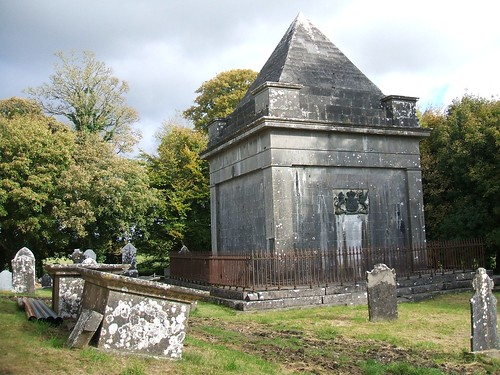 Kilbixy Church of Ireland renovations - The Malone Family mausoleum (13/10/2012)