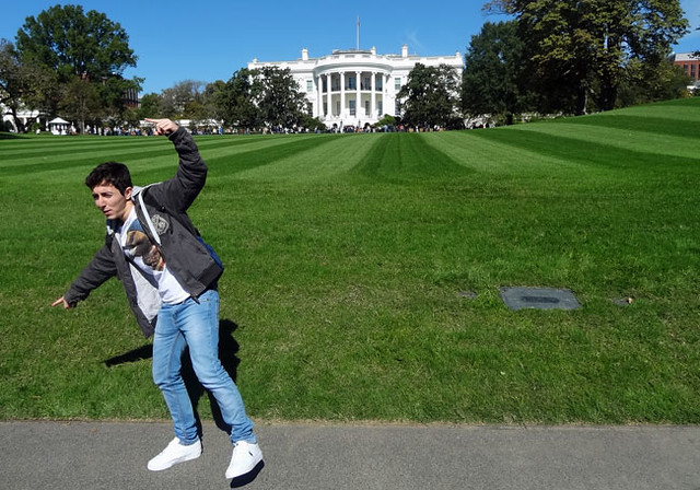 white-house-pose