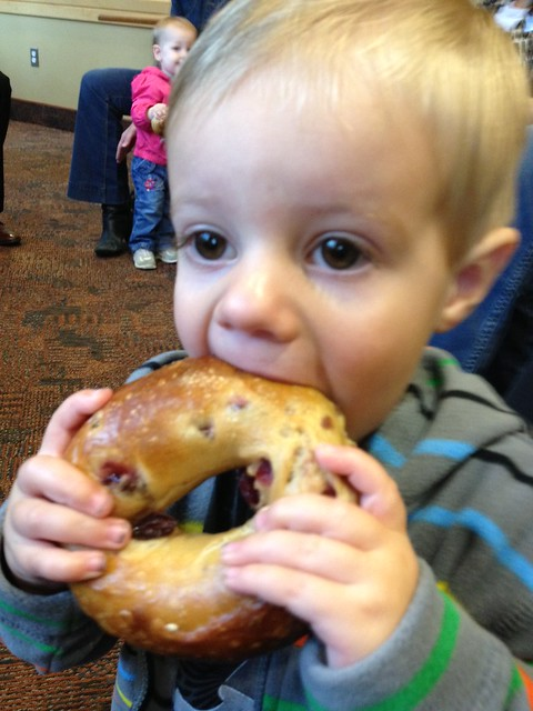 Enjoying a bagel at the #brueggersblogup