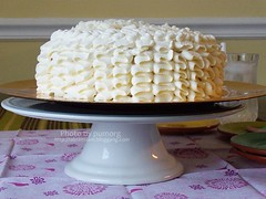 My 1st. (messy) Ruffles Cake <br>���о������͹-�Ի���� Click To Get Recipes & Ingredients