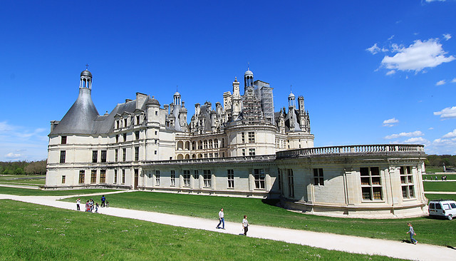 Chateau-de-Chambord-in-the-Loire-Valley-France-Chateaux-de-Loire