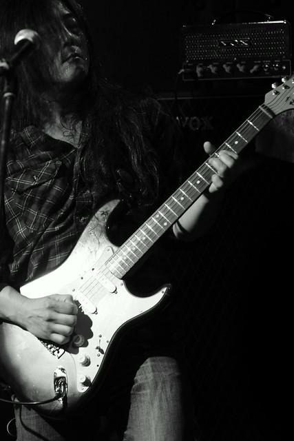 O.E. Gallagher live at Shimbashi ZZ, Tokyo, 21 Oct 2012. 087