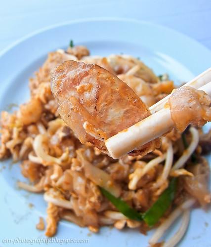 char kueh teow / char kway teow / char kuey teow / char koay teow at restoran 8888, damansara perdana R0019399 copy