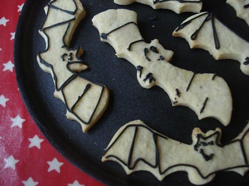 bat bicscuits