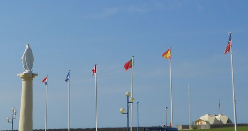 Montalivet Flags