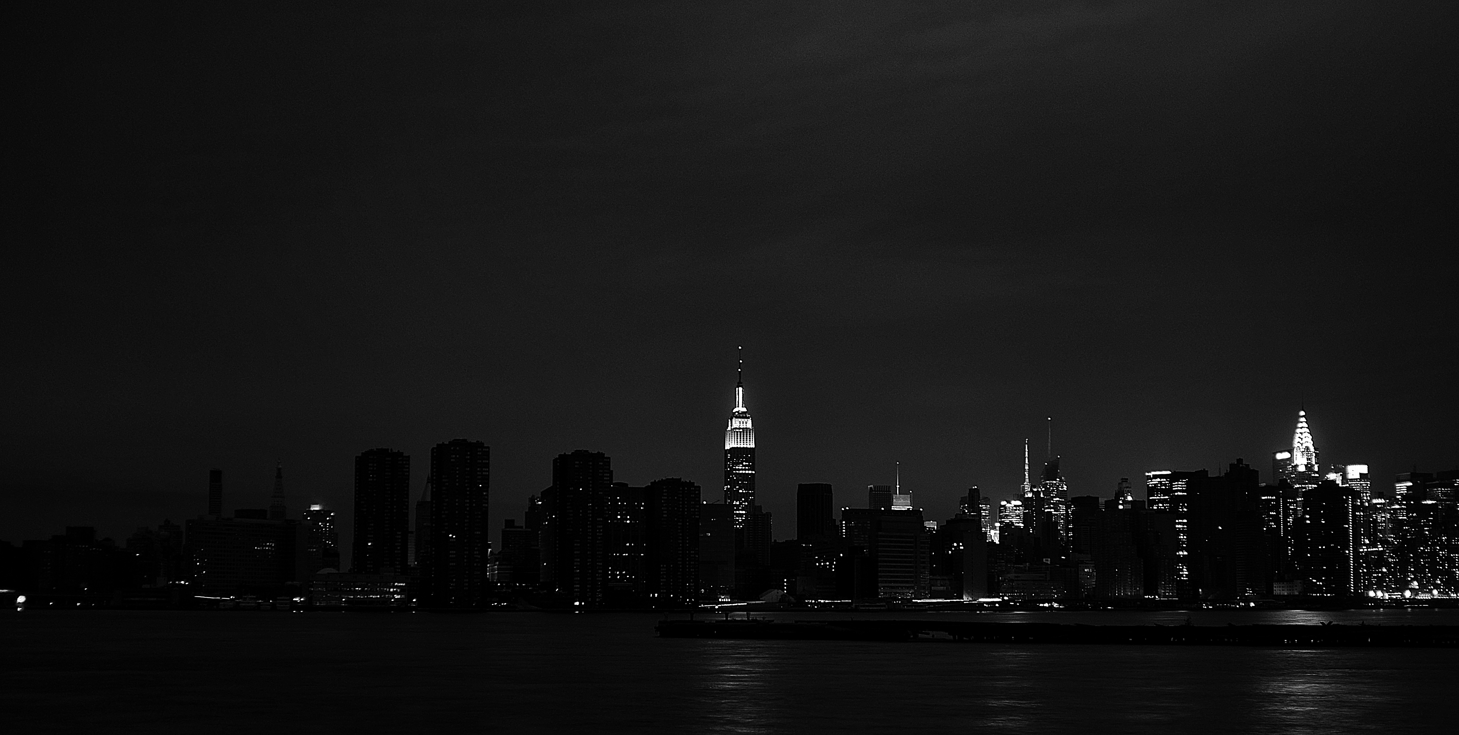 Manhattan Power divide during Hurricane Sandy aftermath