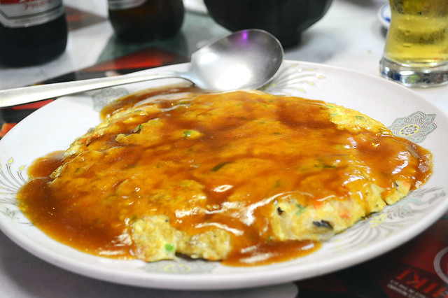Kanitama - crab omelett with kanitama sauce
