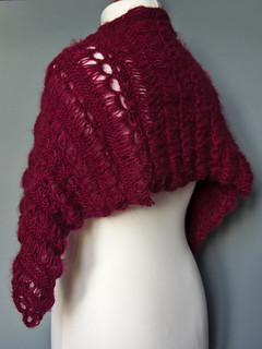 Broomstick shawl