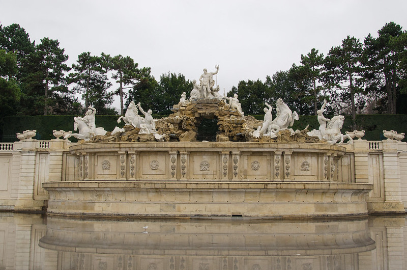 Neptunbrunnen, Schönbrunn Palace