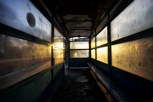 morning winter window station wales train sunrise nikon cardiff railway shelter