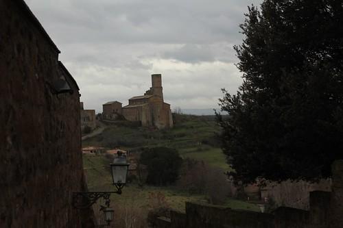 Tuscania, panorama in lontananza
