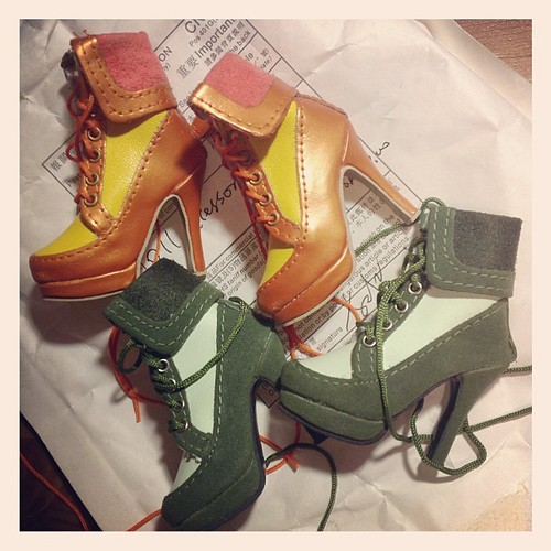 Mailing day! #dollshoes