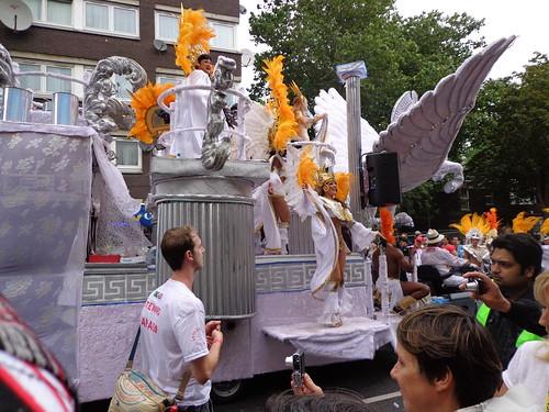 carnival-float
