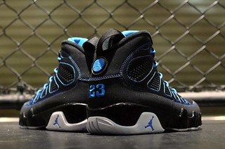 Air Jordan 9 Retro �Photo Blue� Colorway